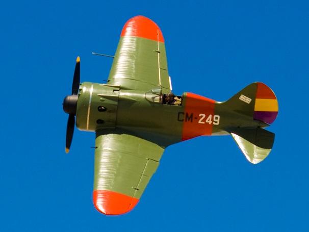 Polikarpov_I-16-Spain_(clipped)