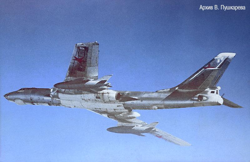 tu-16ksr-2-11_01