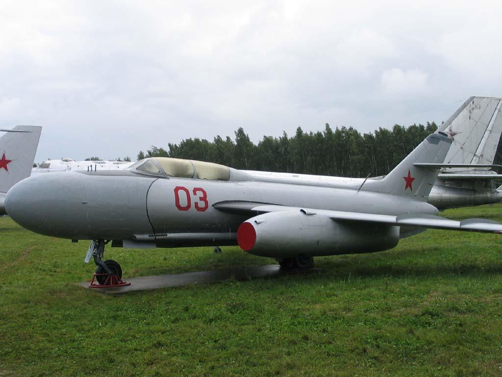 yak-25_3