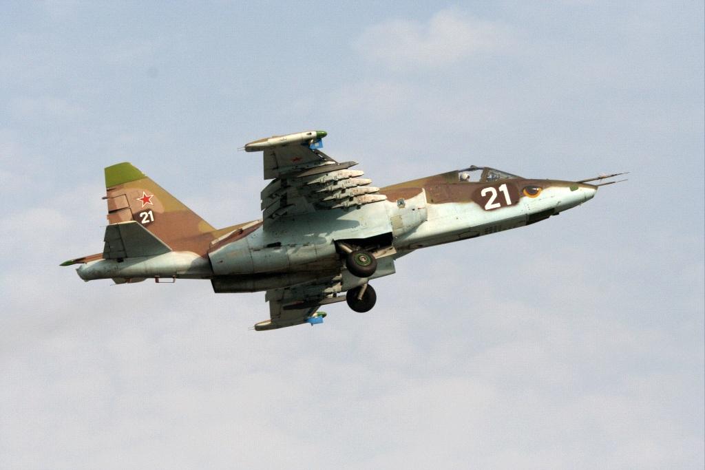 sb_su-25_1
