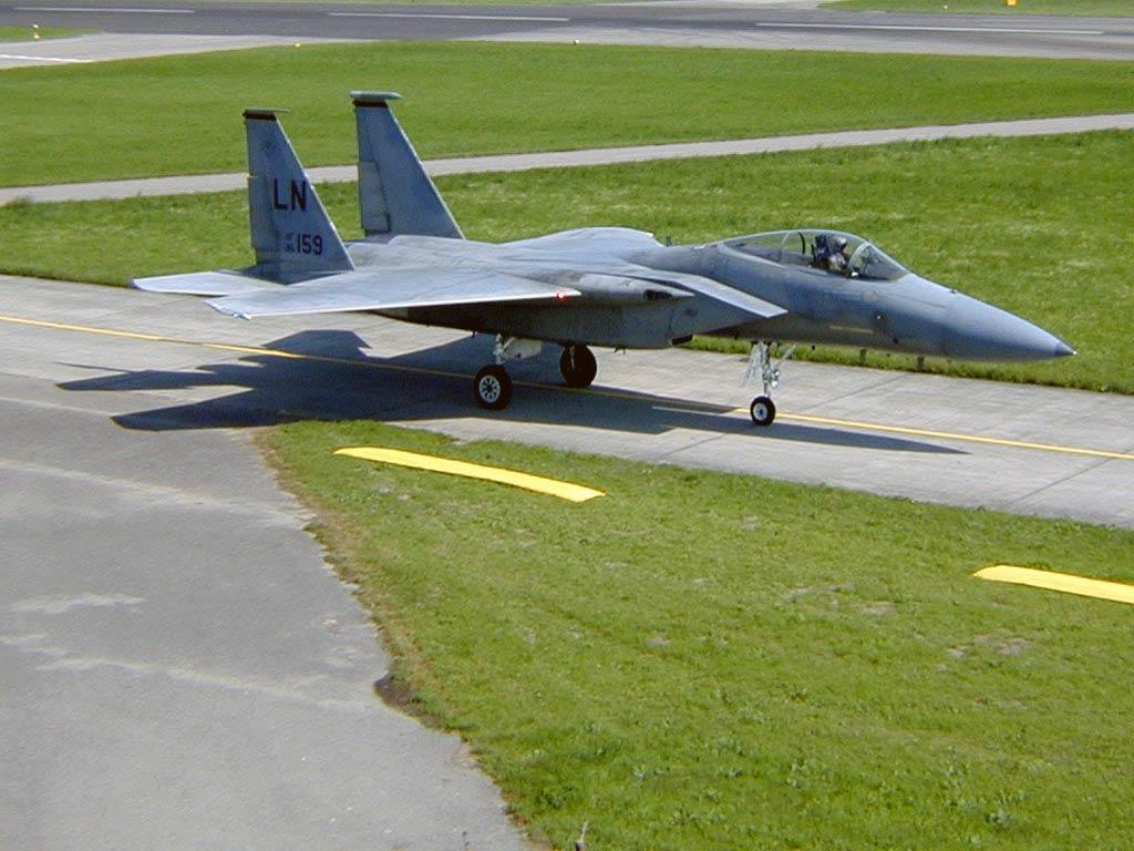 F_15_Eagle_2