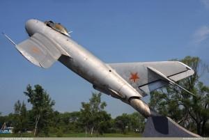 9362b_MiG-17-Hvalyinka_01
